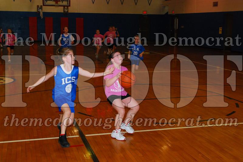 4th Girls Valley vs Monmouth ICS 02-21-09 042