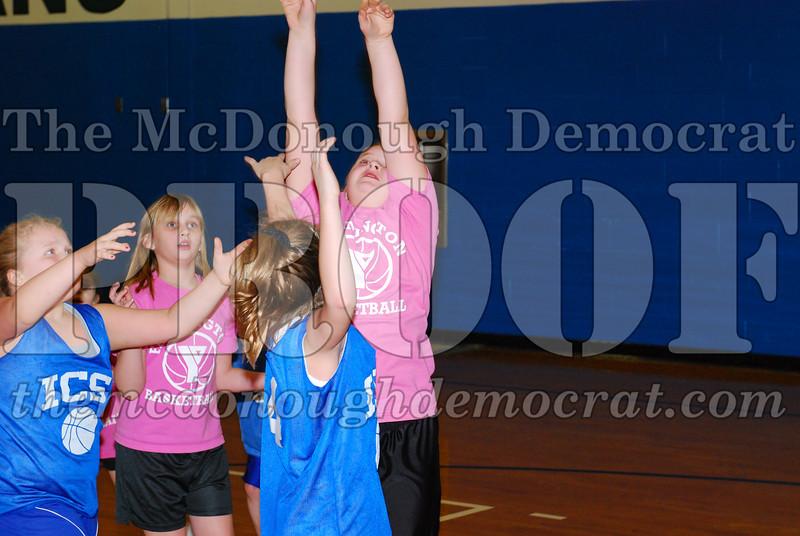 4th Girls Valley vs Monmouth ICS 02-21-09 038