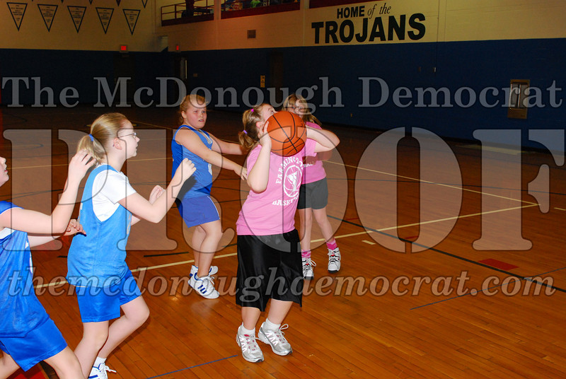 4th Girls Valley vs Monmouth ICS 02-21-09 036