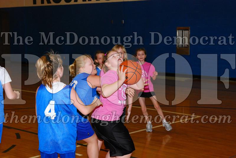 4th Girls Valley vs Monmouth ICS 02-21-09 037