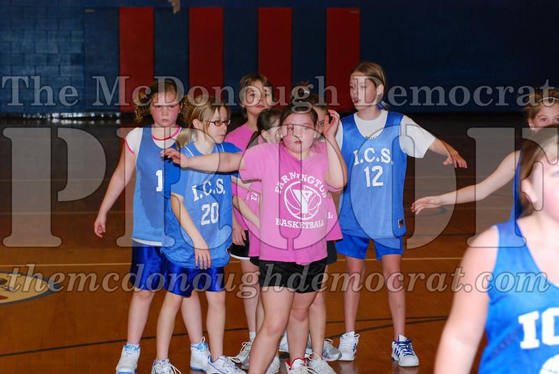 4th Girls Valley vs Monmouth ICS 02-21-09 041