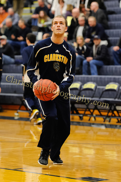 2011-12 Clarkston Varsity Basketball vs Southfield image 018