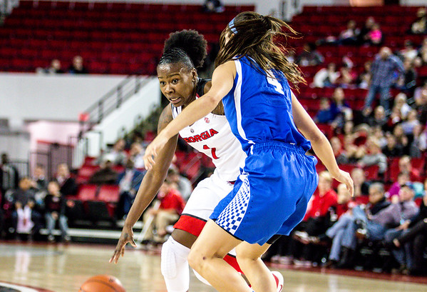 Georgia guard Shanea Armbrister (1) and Kentucky guard Maci Morris (4) during the Lady Bulldogs' game against Kentucky at Stegemen Coliseum in Athens, Ga., on Thursday, February 9, 2017. (Photo by John Paul Van Wert)