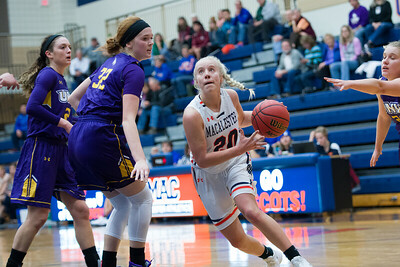 2017 11 27 Women Macalester v Northwestern