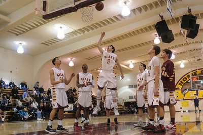 Menlo-Atherton High Varsity Boy's Basketball vs.Carlmont High, 2014-02-07