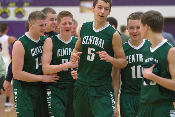 Central Montcalm defeats Greenville