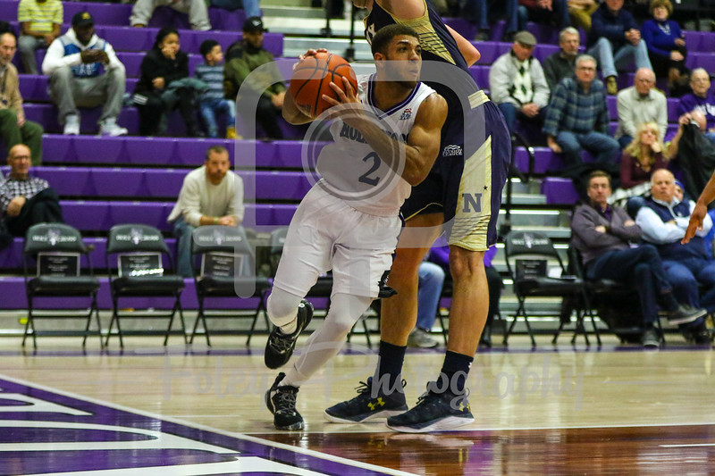 Holy Cross Crusaders guard Anthony Thompson (2)