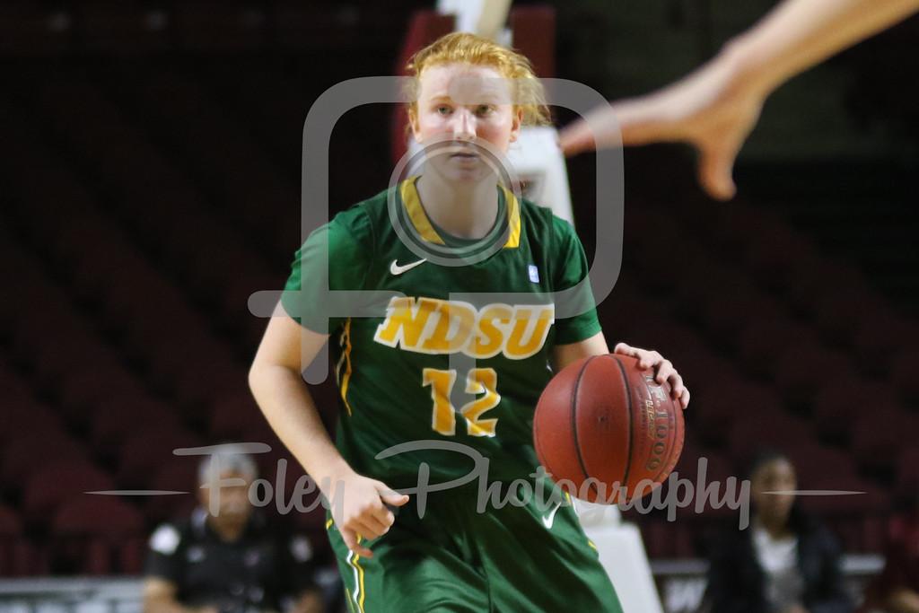 North Dakota State Bison guard Sarah Jacobson (12)