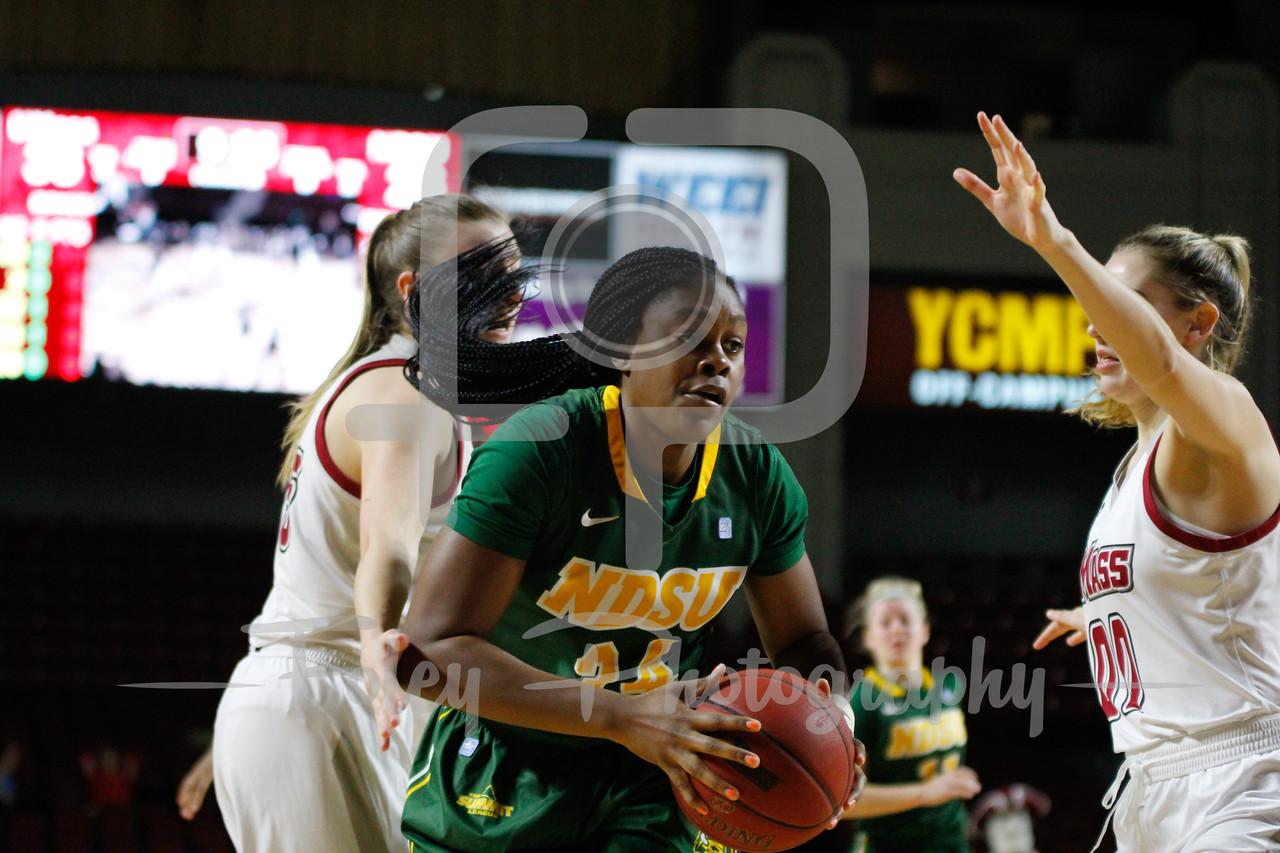 North Dakota State Bison forward Brianna Jones (34)