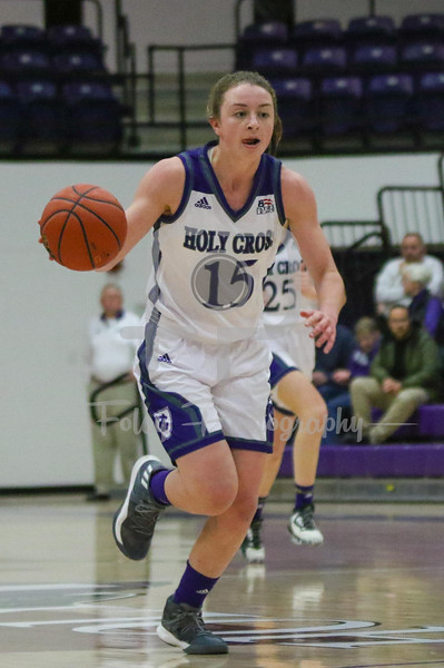Holy Cross Crusaders guard/forward Madelyn Ganser (15)