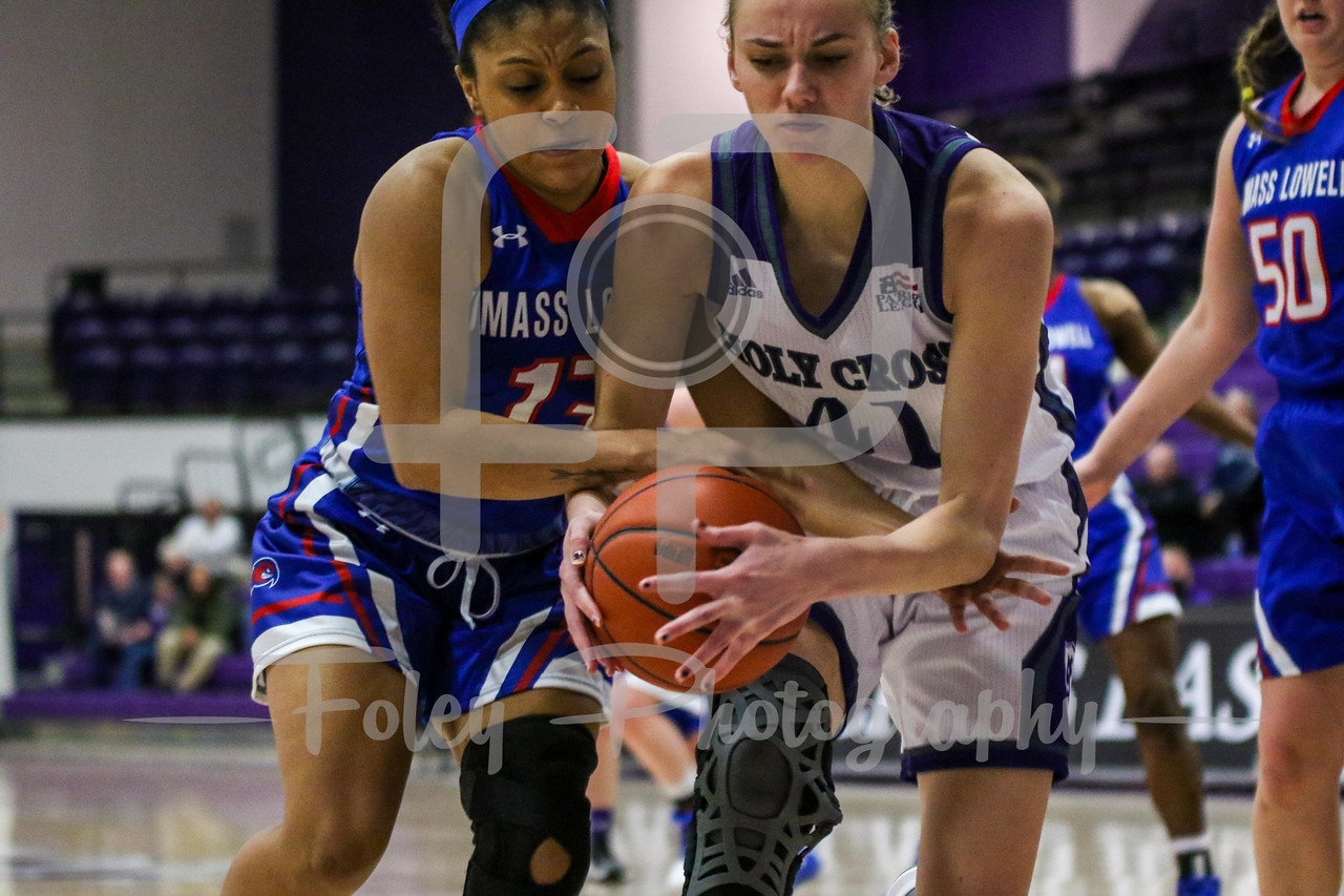 Saturday, December 10, 2016; Worcester, Massachusetts;  during the Crusaders 62-47 victory over the Riverhawks.