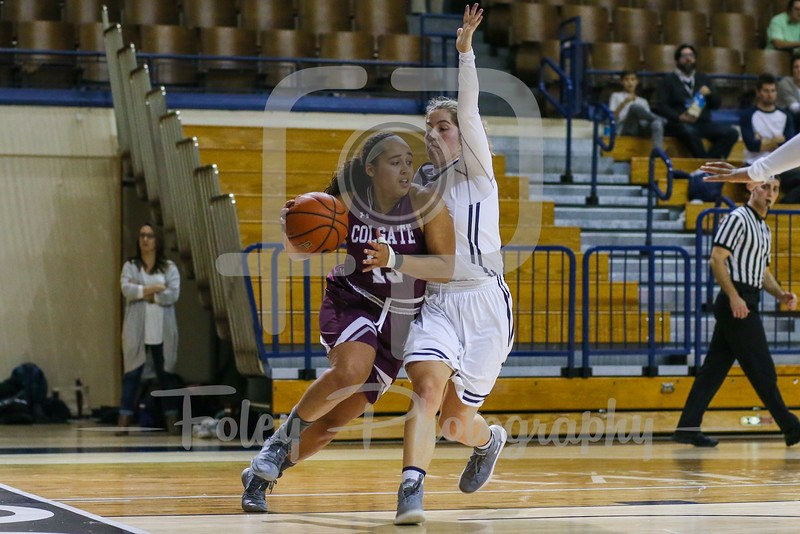 Colgate Raiders guard Keelah Dixon (13) Yale Bulldogs guard Mary Ann Santucci (14)