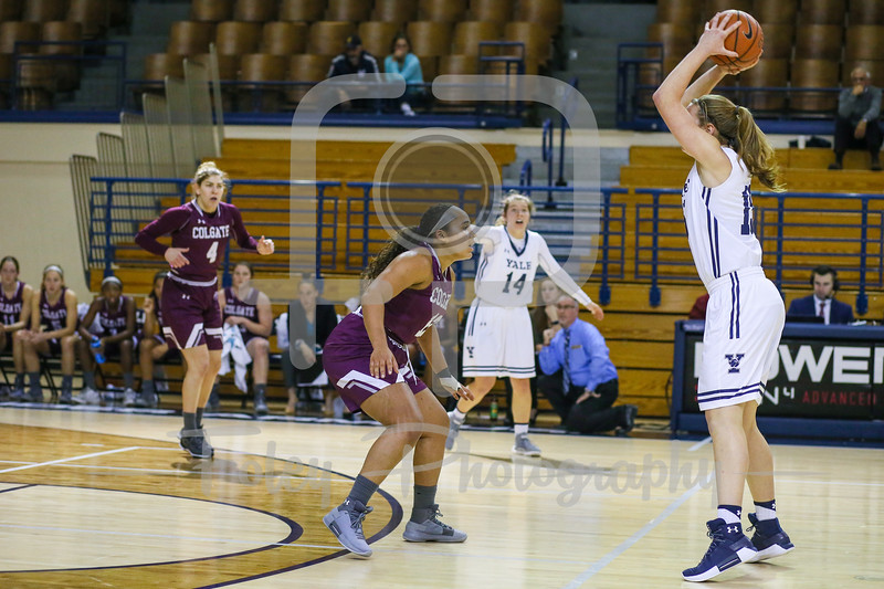 Colgate Raiders guard Keelah Dixon (13)