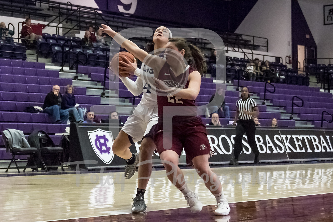 Holy Cross Crusaders guard Jenay Faulkner (4) Lafayette Leopards guard Sammy Stipa (22)