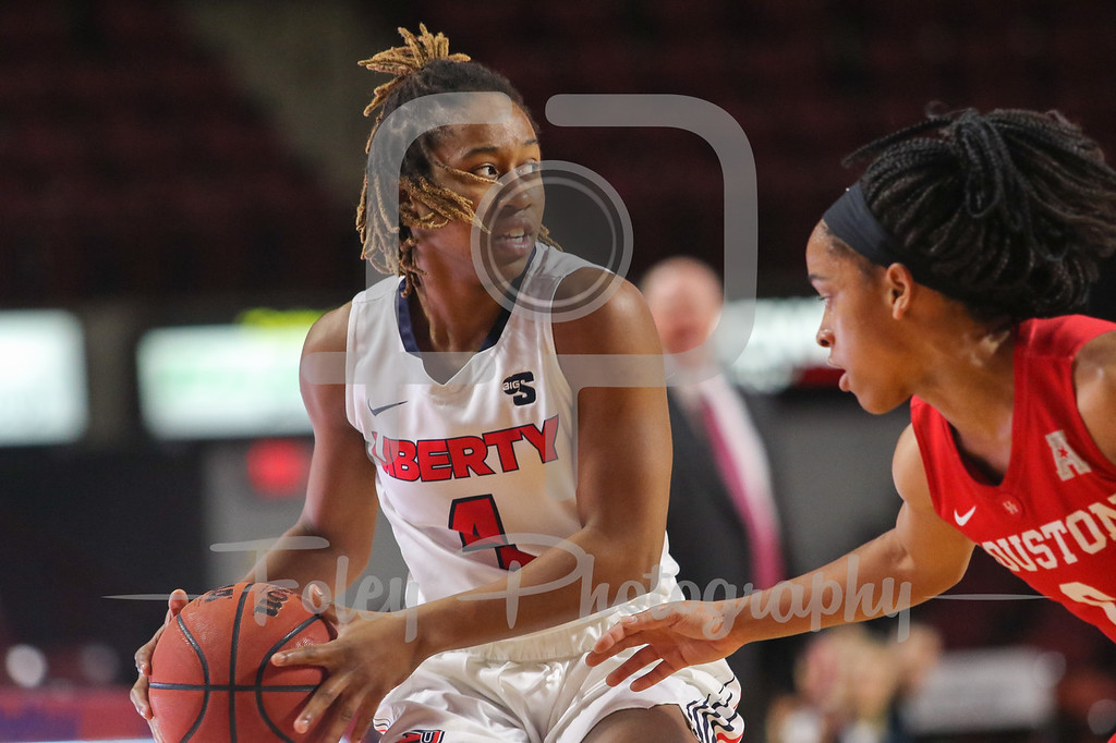 Nov. 24, 2017, Mullins Center, Amherst, Massachusetts: during a matchup between the Flames and the Cougars.