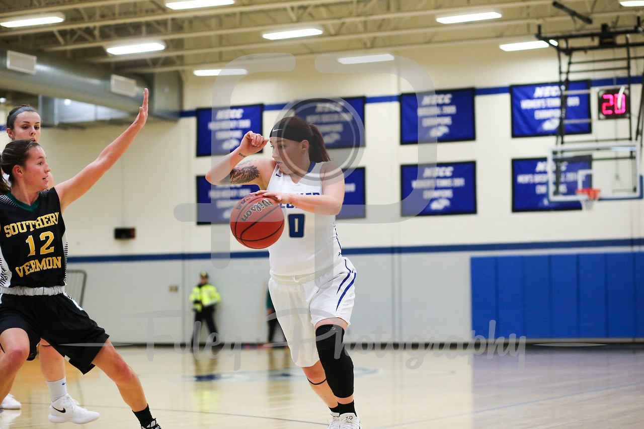 Becker College Hawks guard Mariah Triplett (0)