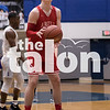 The Eagles play against Dallas Lincoln at R.L. Turner High School in Carrolton, Texas, on February 27, 2018. (Quinn Calendine / The Talon News)