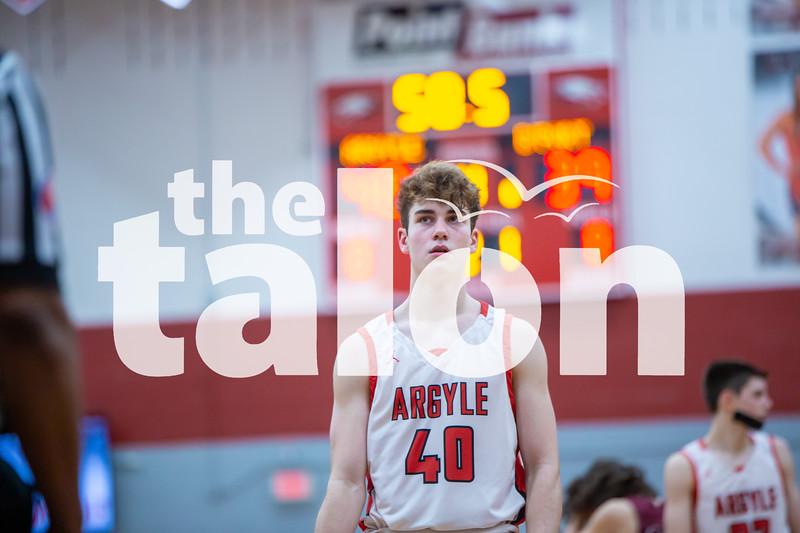 The Eagles defeat Bridgeport at Argyle High School on 2-14-20 (Alex Daggett   The Talon News)