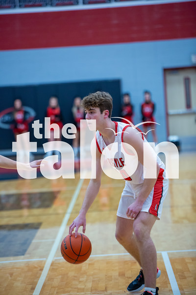 The Eagles fall to Krum at Argyle high school on 1-21-20 (Alex Daggett   The Talon News)