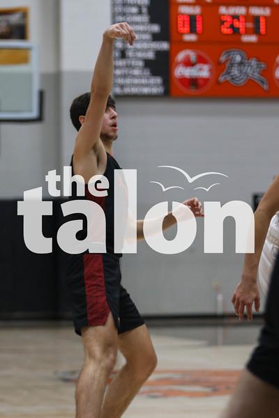The Eagles defeat the Springtown Porcupines at Springtown high school on January 17, 2020. (Katie Ray | The Talon News)