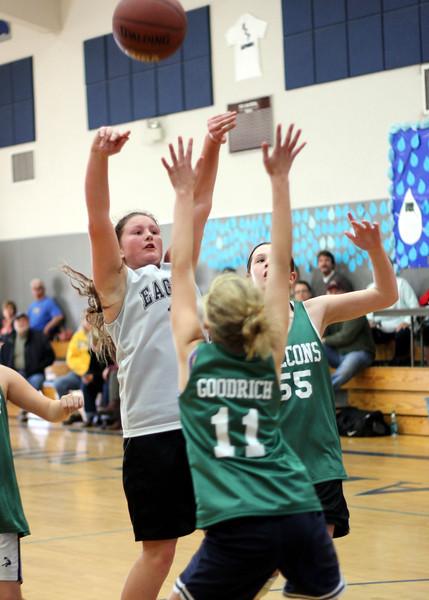 6th girls Goodrich Warriors vs Sloss Loomis Eagles 030312 (45)