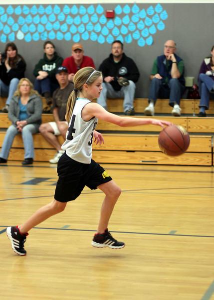 6th girls Goodrich Warriors vs Sloss Loomis Eagles 030312 (40)