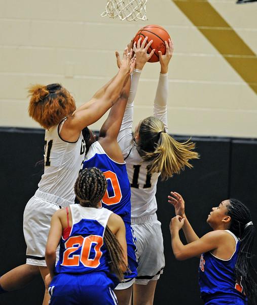 Greer vs Midland Valley Basketball