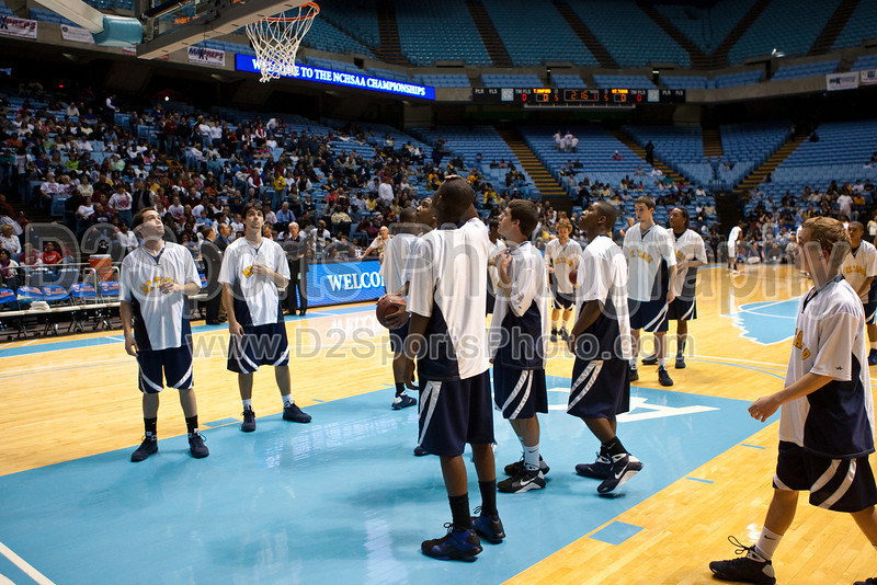 Mt Tabor vs Sanford Men's Varsity Basketball<br /> 4A State Championship Game - Mt Tabor 60 Sanford 55<br /> Saturday, March 14, 2009 at Dean Smith Center<br /> Chapel Hill, North Carolina<br /> (file 182810_803Q8989_1D3)