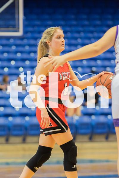 The Lady Eagles defeat the Godley Wildcats at UT Arlington on February 17, 2020. (Katie Ray   The Talon News)