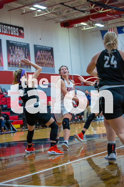 The Lady Eagles defeat Springtown at Argyle High School on 02-05-20 . (Alex Daggett | The Talon news)