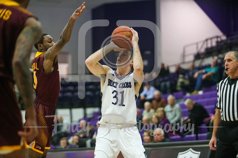 Holy Cross Crusaders guard Matt Zignorski (31)