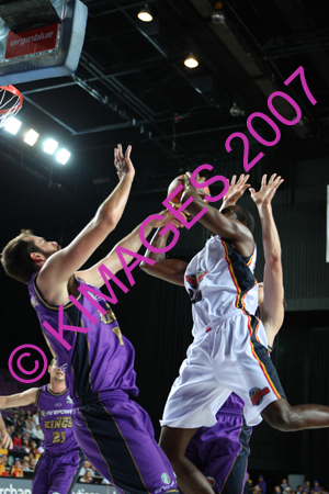 Kings Vs 36ers 24-10-07_0021