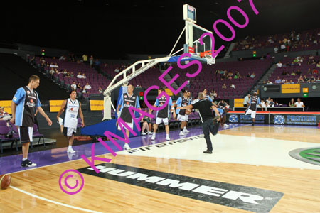Kings Vs Breakers 29-12-07_0012