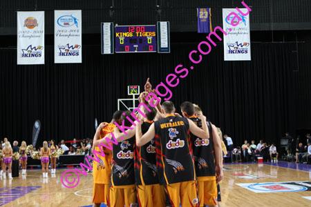 Kings Vs Tigers - GF - Game 1- 1-3-08_0040