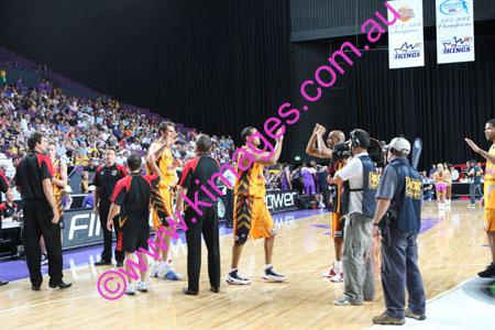 Kings Vs Tigers - GF - Game 1- 1-3-08_0018
