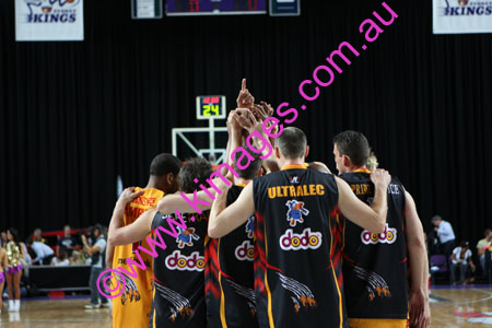 Kings Vs Tigers - GF - Game 1- 1-3-08_0038