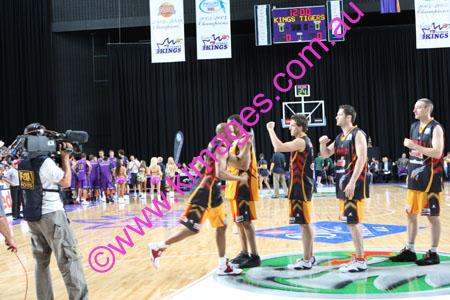 Kings Vs Tigers - GF - Game 1- 1-3-08_0034