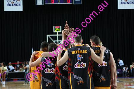 Kings Vs Tigers - GF - Game 1- 1-3-08_0037