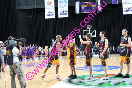 Kings Vs Tigers - GF - Game 1- 1-3-08_0033