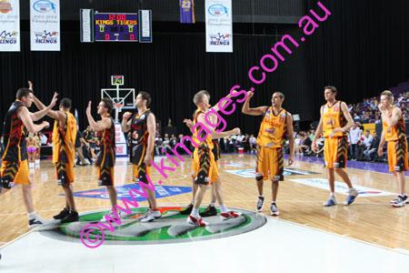 Kings Vs Tigers - GF - Game 1- 1-3-08_0028
