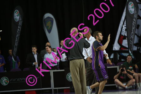 Kings Vs Wildcats 28-11-07_0004