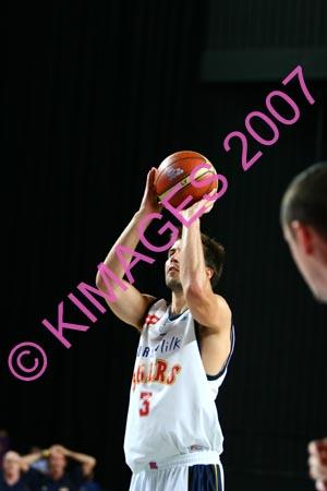 Kings Vs Adel 20-1-07 (322)