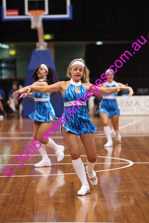 Spirit Vs Perth 11-10-08 ©KIMAGES2008_0104