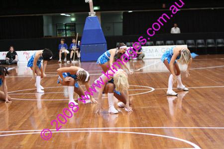 Spirit Vs Perth 11-10-08 ©KIMAGES2008_0098