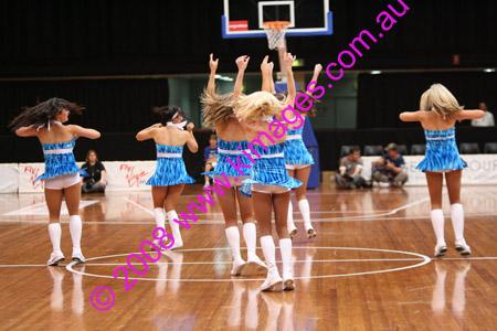 Spirit Vs Perth 11-10-08 ©KIMAGES2008_0095