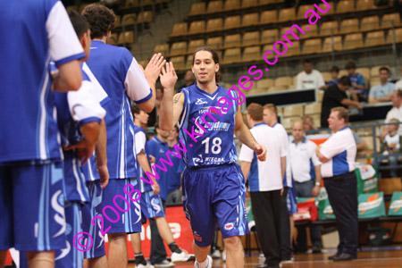 Spirit Vs Perth 11-10-08 ©KIMAGES2008_0032