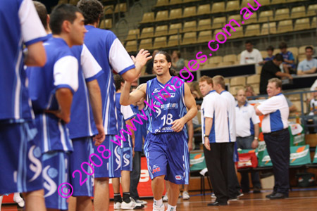 Spirit Vs Perth 11-10-08 ©KIMAGES2008_0030