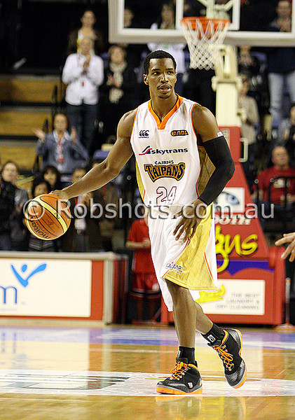 Skip Mills - Cairns - Images from the 2009/10 NBL Round 3 match between the Wollongong Hawks and Cairns Taipans played at Win Entertainment Centre on Saturday the 10th of October 2009. The match was won by Wollongong 71-59. (PHOTO: ROB SHEELEY - SMP IMAGES) These images are intended for editorial use only (e.g. news or commentary print or electronic). Any commercial or promotional use requires additional clearance.