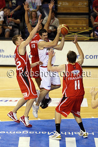 Matthew Burston - Adelaide 36er's goes hard towards the basket - Images from the 2009/10 NBL Round 10 match between the Wollongong Hawks and Adelaide 36er's played at Win Entertainment Centre on Wednesday the 25th of November 2009. The match was won by Adelaide 82-59 . (PHOTO: ROB SHEELEY - SMP IMAGES) These images are intended for editorial use only (e.g. news or commentary print or electronic). Any commercial or promotional use requires additional clearance.