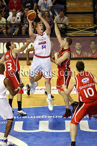 Adam Ballinger - Adelaide 36er's - Images from the 2009/10 NBL Round 10 match between the Wollongong Hawks and Adelaide 36er's played at Win Entertainment Centre on Wednesday the 25th of November 2009. The match was won by Adelaide 82-59 . (PHOTO: ROB SHEELEY - SMP IMAGES) These images are intended for editorial use only (e.g. news or commentary print or electronic). Any commercial or promotional use requires additional clearance.